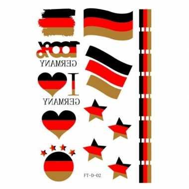 Duitse supporters tattoos carnavalskleding Valkenswaard
