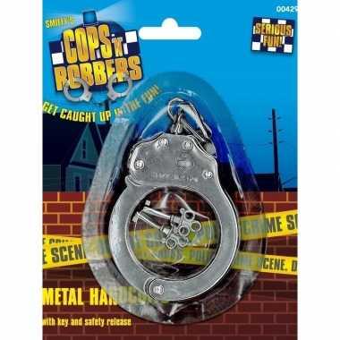 Metalen speelgoed handboeien sleutels carnavalskleding valkenswaard