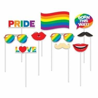 Selfie foto stokjes gay pride thema carnavalskleding valkenswaard