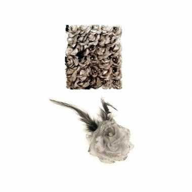 Zilveren deco bloem speld/elastiek carnavalskleding valkenswaard