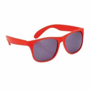 Zonnebrillen rood carnavalskleding valkenswaard