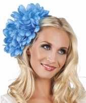 Blauwe flamenco haarbloem