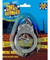 Metalen speelgoed handboeien sleutels