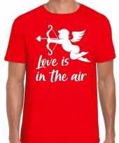 Valentijn cupido love is the air t-shirt rood heren