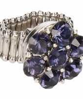 Zilveren ring blauwe steentjes drukknoop