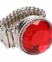 Zilveren ring rode robijn drukknoop